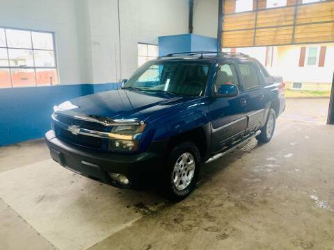2004 Chevrolet Avalanche for sale at New Wave Auto of Vineland in Vineland NJ
