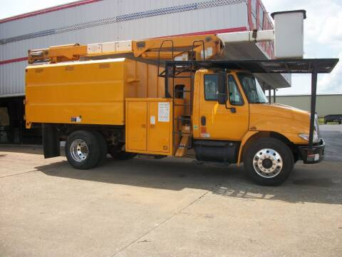 2006 International 4300 Chipper Dump Truck for sale at Classics Truck and Equipment Sales in Cadiz KY