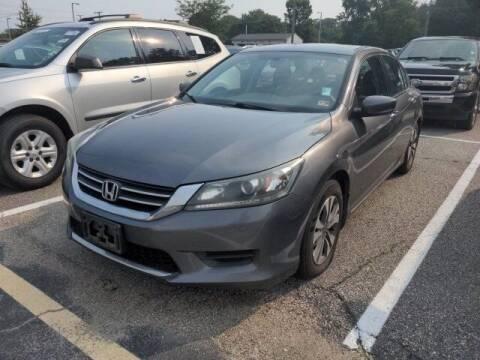 2015 Honda Accord for sale at Strosnider Chevrolet in Hopewell VA