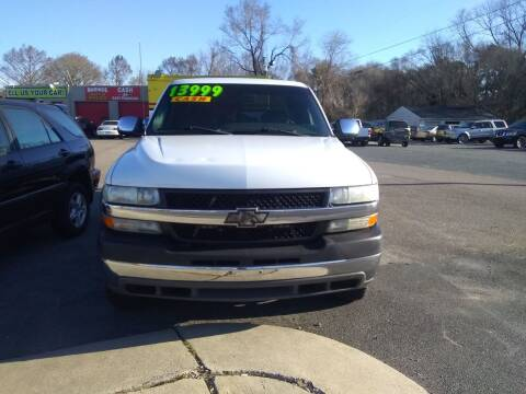 2002 Chevrolet Silverado 2500HD for sale at Marino's Auto Sales in Laurel DE