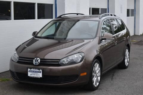 2011 Volkswagen Jetta for sale at IdealCarsUSA.com in East Windsor NJ