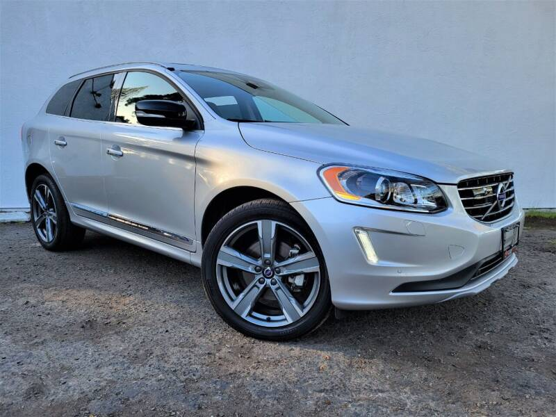 2017 Volvo XC60 for sale at Planet Cars in Berkeley CA