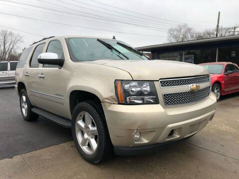 2009 Chevrolet Tahoe for sale at Wise Investments Auto Sales in Sellersburg IN