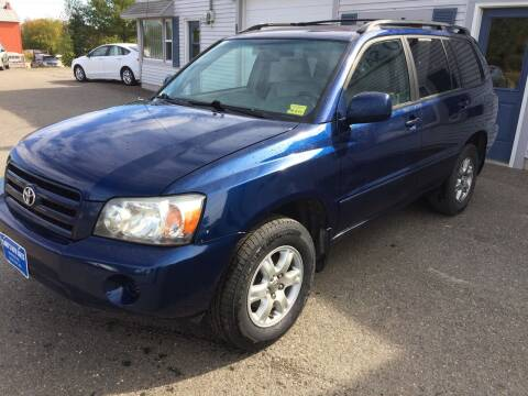 2006 Toyota Highlander for sale at CLARKS AUTO SALES INC in Houlton ME
