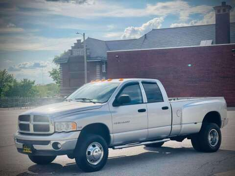 2003 Dodge Ram Pickup 3500 for sale at ARCH AUTO SALES in St. Louis MO