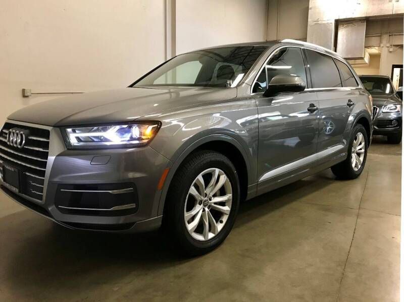 2017 Audi Q7 for sale at TOWNE AND COUNTRY MOTORS in Woodinville WA