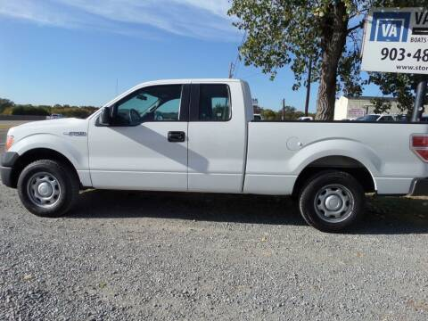 2013 Ford F-150 for sale at AUTO FLEET REMARKETING, INC. in Van Alstyne TX