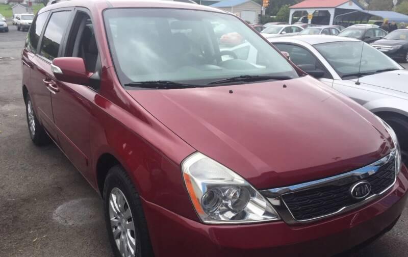 2011 Kia Sedona for sale at BURNWORTH AUTO INC in Windber PA