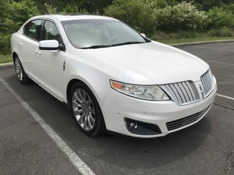 2010 Lincoln MKS for sale at J & D Auto Sales in Dalton GA