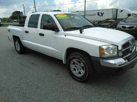 2005 Dodge Dakota for sale at Kelly & Kelly Supermarket of Cars in Fayetteville NC