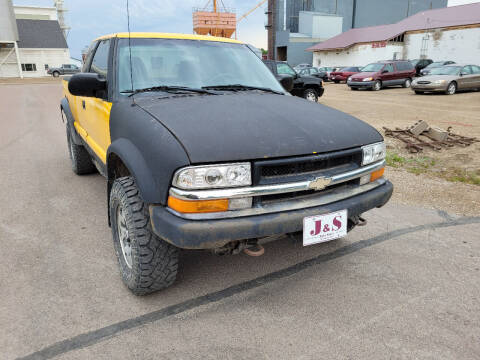 2003 Chevrolet S-10 for sale at J & S Auto Sales in Thompson ND