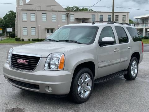 2009 GMC Yukon for sale at LUXURY AUTO MALL in Tampa FL