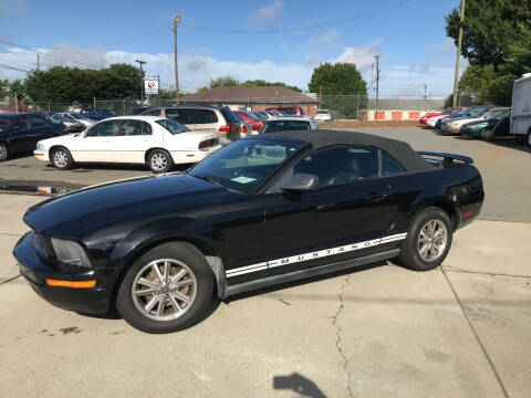 2005 Ford Mustang for sale at Mike's Auto Sales of Charlotte in Charlotte NC