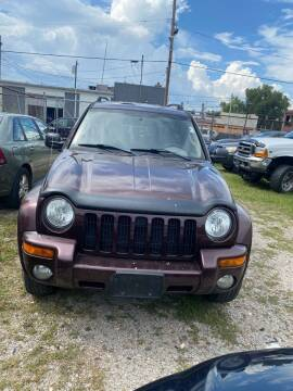 2004 Jeep Liberty for sale at Rod's Automotive in Cincinnati OH