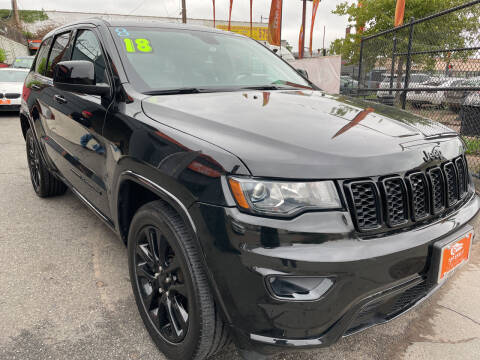 2018 Jeep Grand Cherokee for sale at TOP SHELF AUTOMOTIVE in Newark NJ