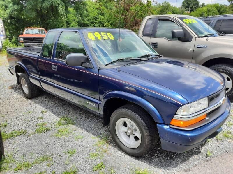 2000 Chevrolet S-10 for sale in Mount Carmel, TN