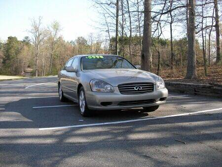 2002 Infiniti Q45 for sale at RICH AUTOMOTIVE Inc in High Point NC