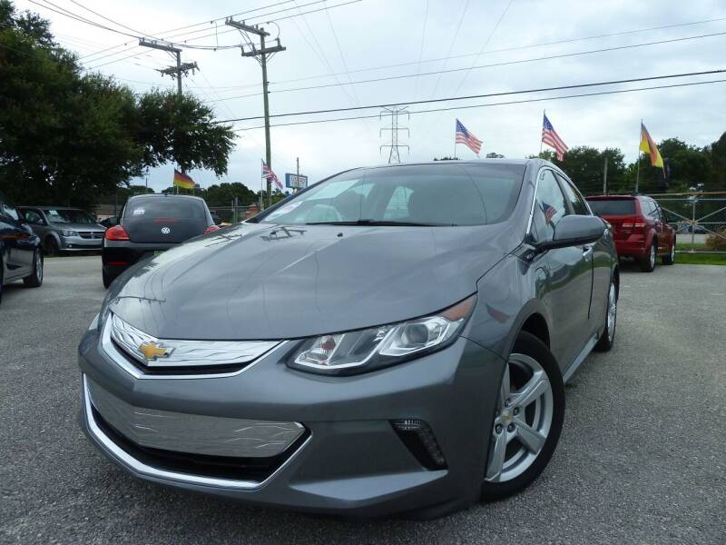2018 Chevrolet Volt for sale at Das Autohaus Quality Used Cars in Clearwater FL