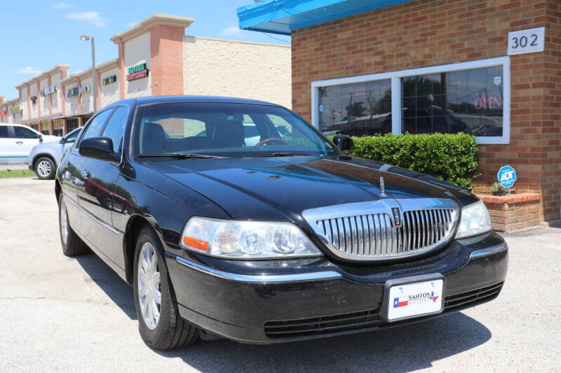 2011 Lincoln Town Car for sale in Lewisville, TX