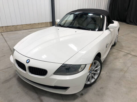 2006 BMW Z4 for sale at EUROPEAN AUTOHAUS in Holland MI