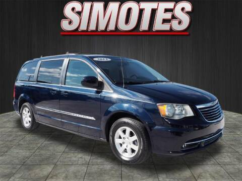2013 Chrysler Town and Country for sale at SIMOTES MOTORS in Minooka IL