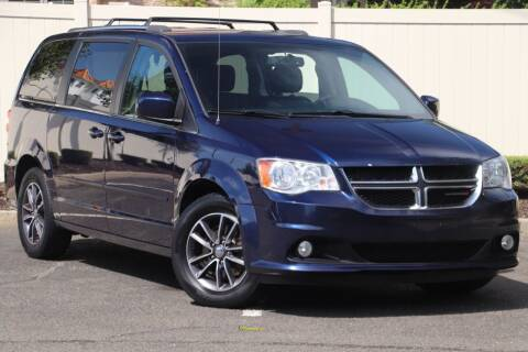 2017 Dodge Grand Caravan for sale at Jersey Car Direct in Colonia NJ