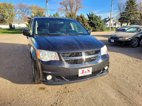 2012 Dodge Grand Caravan for sale at J & S Auto Sales in Thompson ND