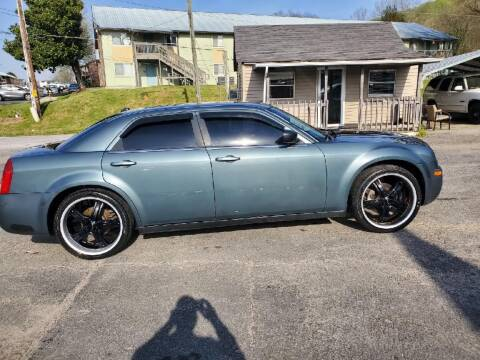 2006 Chrysler 300 for sale at Knoxville Wholesale in Knoxville TN