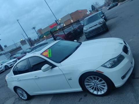 2011 BMW 3 Series for sale at Sanaa Auto Sales LLC in Denver CO