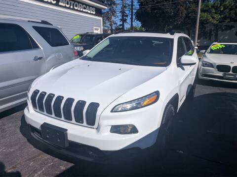 2015 Jeep Cherokee for sale at CLASSIC MOTOR CARS in West Allis WI