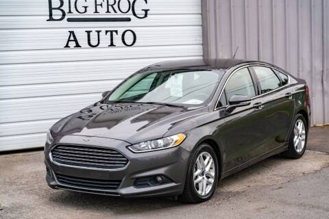 2015 Ford Fusion for sale at Big Frog Auto in Cleveland TN
