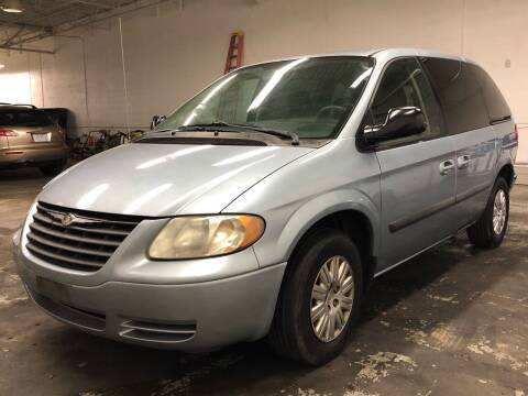 2006 Chrysler Town and Country for sale at Paley Auto Group in Columbus OH