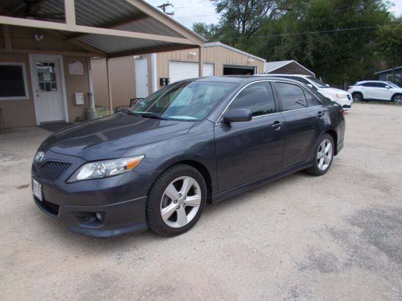 2011 Toyota Camry for sale at DISCOUNT AUTOS in Cibolo TX