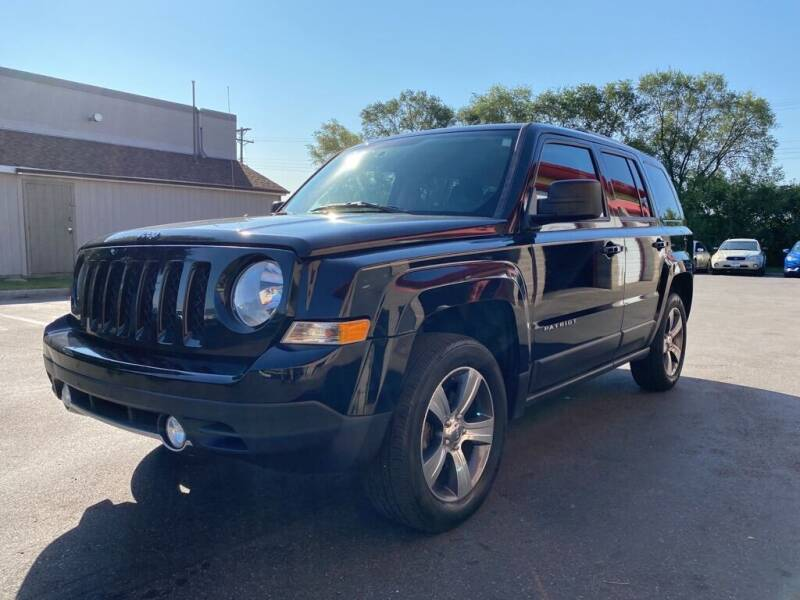2016 Jeep Patriot for sale at MIDWEST CAR SEARCH in Fridley MN
