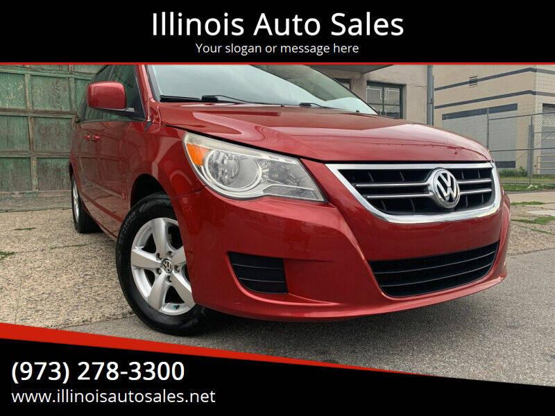 2010 Volkswagen Routan for sale at Illinois Auto Sales in Paterson NJ