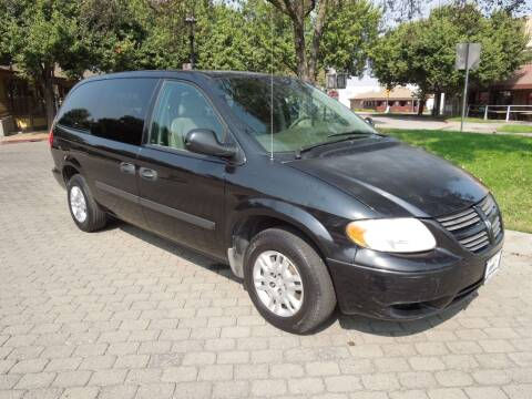2006 Dodge Grand Caravan for sale at Family Truck and Auto.com in Oakdale CA