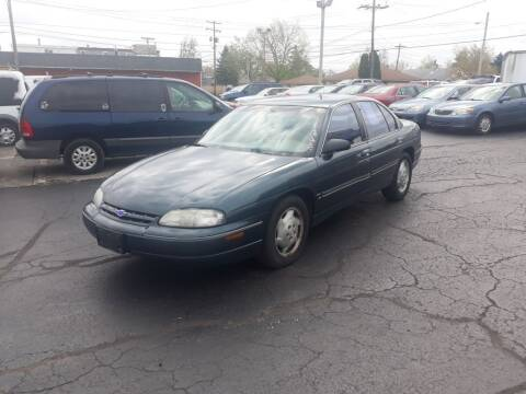 1995 Chevrolet Lumina for sale at Flag Motors in Columbus OH