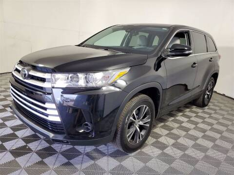2019 Toyota Highlander for sale at PHIL SMITH AUTOMOTIVE GROUP - Joey Accardi Chrysler Dodge Jeep Ram in Pompano Beach FL