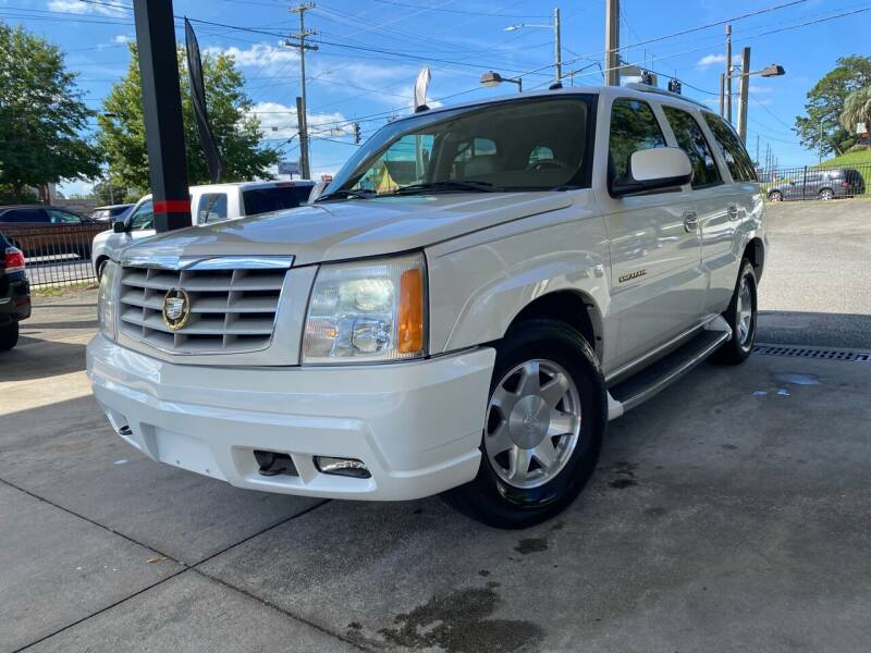 2004 Cadillac Escalade for sale at Michael's Imports in Tallahassee FL
