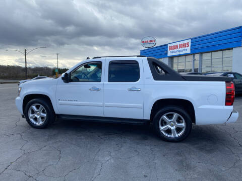2008 Chevrolet Avalanche for sale at Brian Jones Motorsports Inc in Danville VA