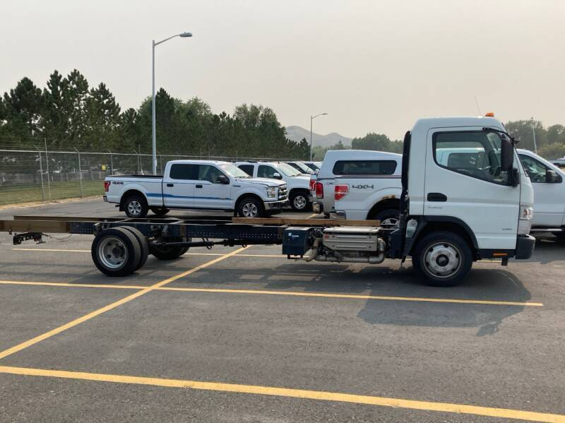 2015 Mitsubishi Fuso FEC72S for sale at KHAN'S AUTO LLC in Worland WY