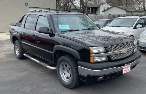 2005 Chevrolet Avalanche for sale at QS Auto Sales in Sioux Falls SD
