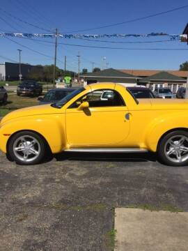 2004 Chevrolet SSR for sale at Stewart's Motor Sales in Byesville OH