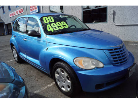 2009 Chrysler PT Cruiser for sale at M & R Auto Sales INC. in North Plainfield NJ