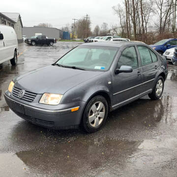 2005 Volkswagen Jetta for sale at American & Import Automotive in Cheektowaga NY