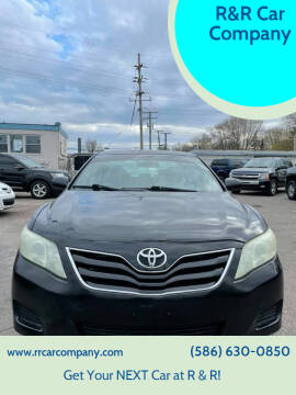 2010 Toyota Camry for sale at R&R Car Company in Mount Clemens MI