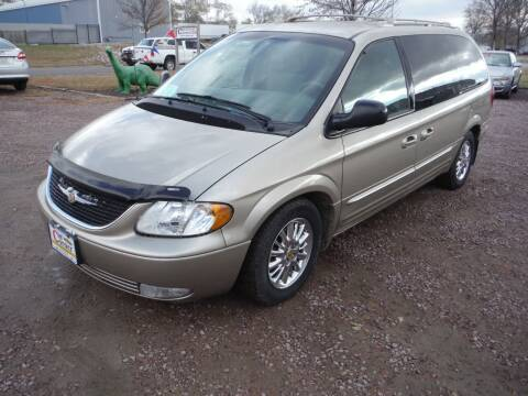 2002 Chrysler Town and Country for sale at Car Corner in Sioux Falls SD