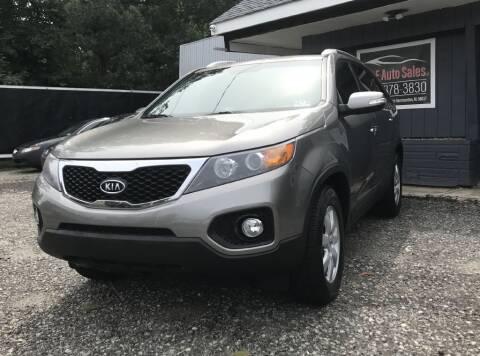 2012 Kia Sorento for sale at O & E Auto Sales in Hammonton NJ