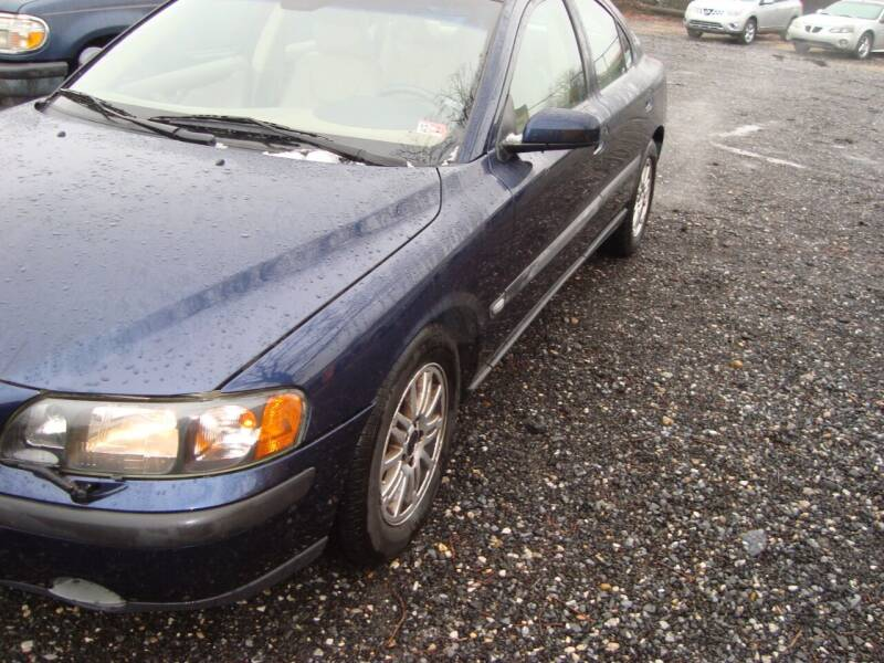 2004 Volvo S60 for sale at Branch Avenue Auto Auction in Clinton MD