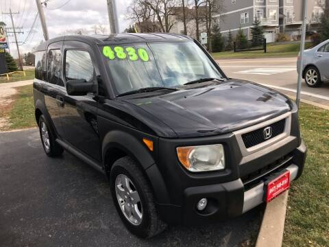 2005 Honda Element for sale at GLOBAL AUTOMOTIVE in Gages Lake IL